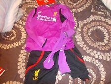 Liverpool Full Goalkeeper Kit 2014/15 extra Large Boys -