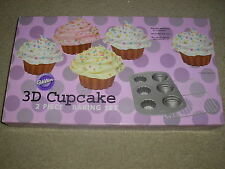 New Wilton 3D Cupcake 2 Piece Baking Set