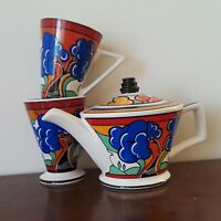 Clarice Cliff Art Deco inspired Teapot AND 2 matching teacups!
