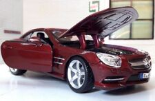 1:24 Scale Red Mercedes SL500 SL 2012 Detailed Burago Diecast Model Car BNIB