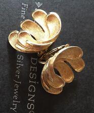 Vintage Vtg 60s Clip Brushed Gold  Antique Earrings