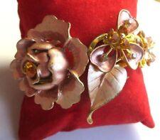 bracelet rigide s'ouvrant couleur or émail rose cristaux topaze bijou vintage