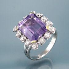 Ring -1 Amethyst und 14 Diamanten ca. 0,30 ct - 750/18K Weißgold - 6,1 g