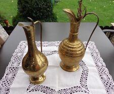 2 Kannen aus Messing  , mit orientalischem Dekor