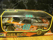 "Bobby Labonte - 1998 #18 - ""Small Soldiers"" & picture & ""Wards"" - 1:24 Revell"