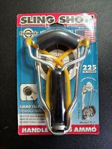 SLING SHOT Trumark FS-1 Wristrocket Slingshot 225 Yard w/Ammo Storage Handle.NIP
