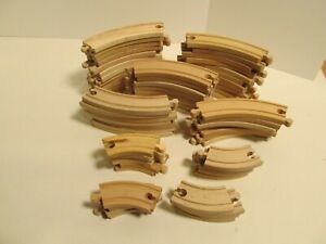 Thomas Train Wooden All Curved Track 65 Pieces.