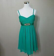 BCBG MAX ARIA Emerald Green Beaded Strapless Lined Short Dress 100% Silk Size 10