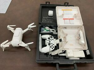 Yuneec Breeze 4k drone, 2 batts, controller, spare props and hard case