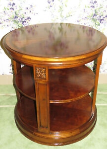 Ethan Allen Townhouse Library End Table 30 8203 Rosettes on Each Post 430 Finish