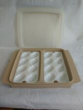 Vintage Tupperware Deviled Egg Container   Off White  Beige White Trays