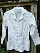 New listing Urbane Scrub White Lab Coat/ nursing Jacket women Xs #3109 zipper