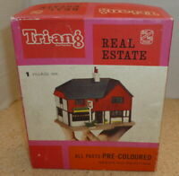 TRIANG REAL ESTATE NO 1 VILLAGE INN