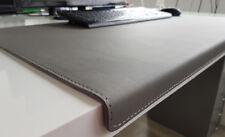 Gewinkelte Schreibtischunterlage Soft Lux Leder 90 x 47 Grau