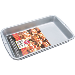 """Wilton Recipe Right Non-Stick In Biscuit Brownie Pan, 11"""" x 7"""" x 1-1/2"""" 2105-960"""