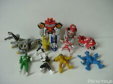 Lot de 10 figurines micro machines et autres Power Rangers / Bandai 1994