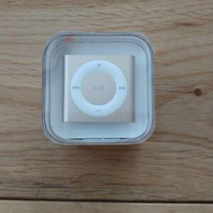 Apple iPod shuffle (2GB) New & Sealed A1373 Collectors Item G400