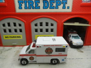 MATCHBOX FIRE SEARCH & RESCUE (SAR) FORD AMBULANCE CUSTOM UNIT