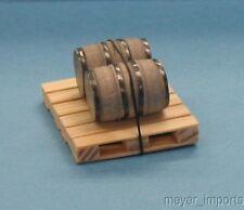Pallet w/ Industrial Barrels - Nail Kegs - G Scale - 101-0020