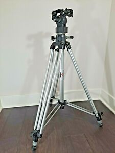 Manfrotto Bogen 3046 3040 Professional Tripod w 3063 Head  Great condition Italy