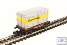 377-346 Graham Farish Conflat with Vented Alloy BA Container Speedfreight