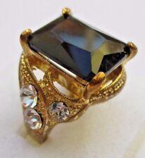 Imposante bague bijou couleur or cabochon onyx pierre imitation diamant T. 56
