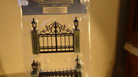 LEMAX Christmas Village Collectibles Lighted Gate W/ Package #54303