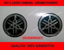 2 ADESIVI YAMAHA STICKERS TMAX XMAX FAZER FZ6 CROMATO/NERO DIAPASON diam. 50mm
