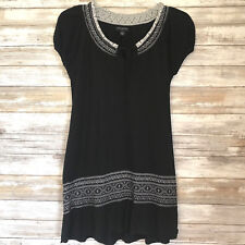 Banana Republic Womens Top Sz M Cap Sleeve Black Embroidery Detail Cotton Blend