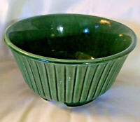 MCM VINTAGE USA Hull Pottery - Emerald Green Round Planter F10 - Crooksville, OH