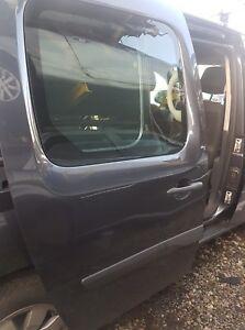 2015 MERCEDES BANZ CITAN 111CDI DRIVER SIDE SLIDEING DOOR