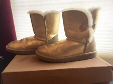 UGG BAILEY BUTTON METALLIC YOUTH 3375 GOLD AUTHENTIC AUSTRALIA SHEEP BOOTS SZ 5