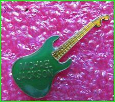 Pin's Chanteur MICHAEL JACKSON Une Guitare Verte  #1888