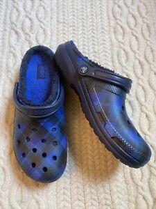 Crocs Men's Navy Blue Plaid Baya Lined Clog 12