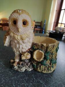 RESIN OWL PLANT POT