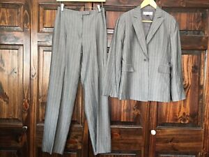 Tahari ASL Gray Stripped 2 Piece Blazer Pant Suit Fully Lined Size 4 Women's
