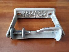 ANTIQUE TOILET PAPER HOLDER ~ RELIABLE US SANITARY SPEC CORP CHICAGO ~ CAST IRON