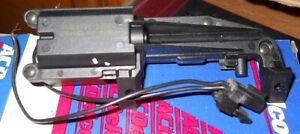 NOS 1991-2007 Chevrolet Car Trunk Lid Actuator
