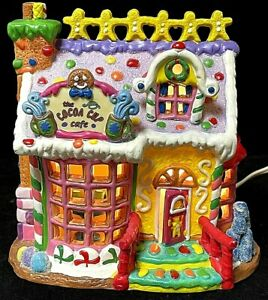 Lemax The Cocoa Cup Café Light-Up Sugar N Spice Candy Christmas Village Building