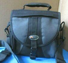 Lowepro Adventura 140 Shoulder Bag for DSLR Camera/Lens