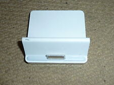 APPLE IPAD GENUINE DESKTOP DOCKING STATION DOCK CRADLE CHARGE & SYNC White A1352