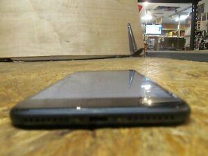 Apple iPhone 8 Plus 64GB Smartphone SPRINT ( LOT 15803)