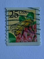 VINTAGE STAMP💎1988💎25 cent Honeybee, coil #2491 Perf 10 vertically💎
