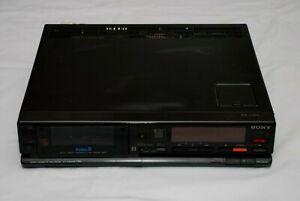 SONY EV-A300UB PAL video8 8mm Video Cassette Recorder/Player