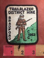 Vtg 1962 TRAILBLAZER DISTRICT HIKE BRADFORD CIC BSA Boy Scouts Patch 88NU