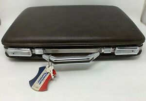 Vintage AMERICAN TOURISTER BRIEFCASE Brown CLEAN Hard Case w/KEY & Keychain