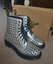**DR MARTENS AIR WEAR SIZE 4 SILVER SPIKE 8 HOLE LEATHER BOOTS*L@@K*RRP £200**
