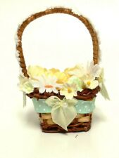 Accessory For Byers Choice Caroler Summer Daisy Basket - Caroler Not Included