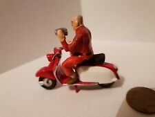 Lambretta scooter  1/32 with rider figure die cast not Britain's