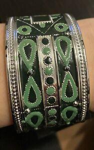 Armband Armreif Breit grün mit Verschiedenen Mustern, Gebraucht